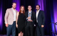 Vince's wins 'Retailer of the Year' at recent 2019 DCI Star Awards