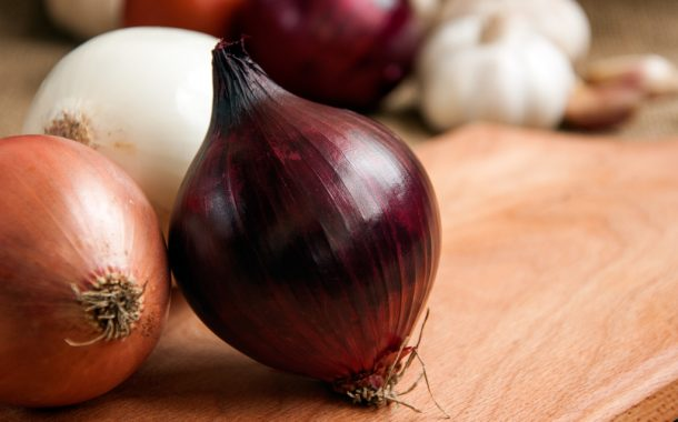 UPDATED: Red, yellow, white, and sweet yellow onions grown by Thomson International Inc. and imported from the USA recalled due to Salmonella
